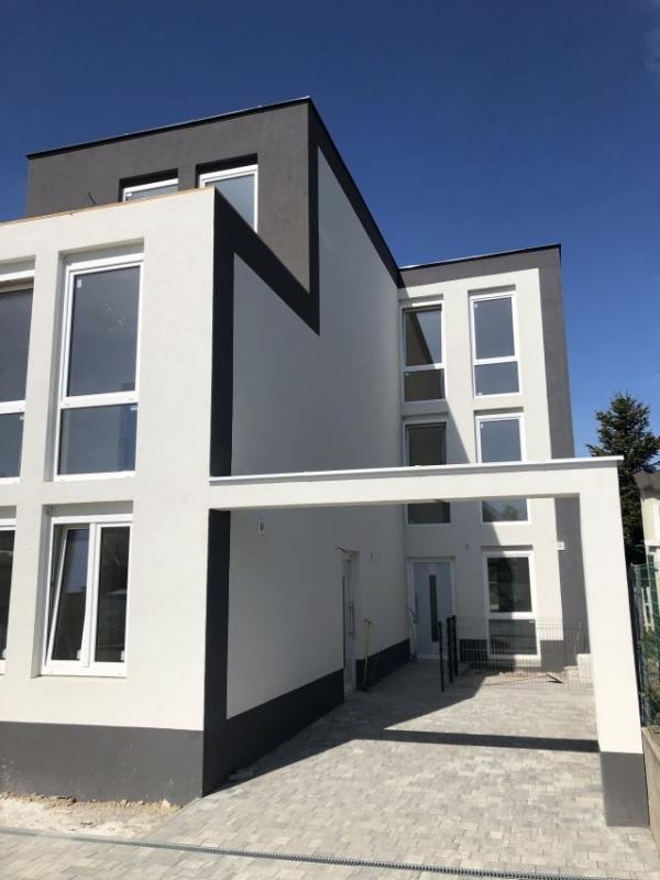 Eigenheim/Doppelhaus in Gallbrunn/Schwadorf – PROVISIONSFREI !